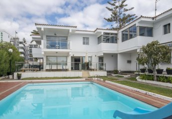 6 bedroom Villa for rent in Playa Del Ingles