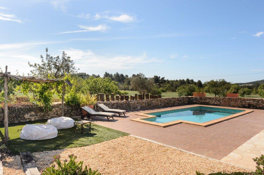 Owners abroad San Antonio villa to rent