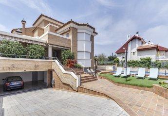 6 bedroom Villa for rent in Alicante
