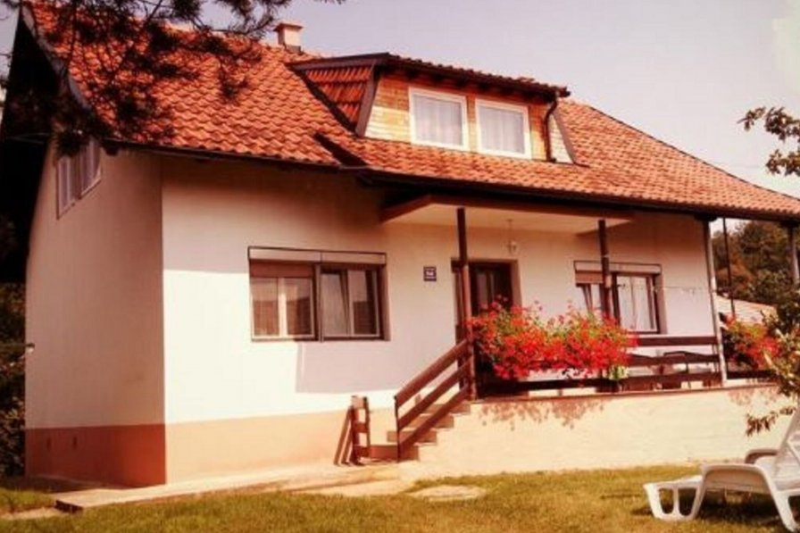 Owners abroad Apartman Jozefina