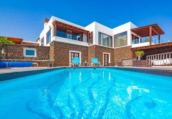 5 bedroom Villa for rent in Tias