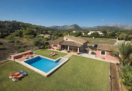 Villa in Pollensa, Majorca
