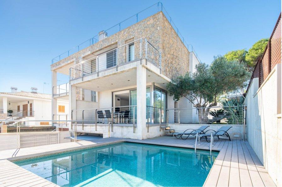 Owners abroad Holiday villa in Playa de Muro, Majorca