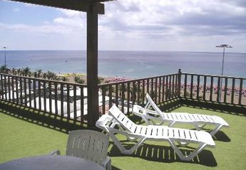 Apartment in Spain, Puerto del Carmen: Front Terrace overlooking the beach
