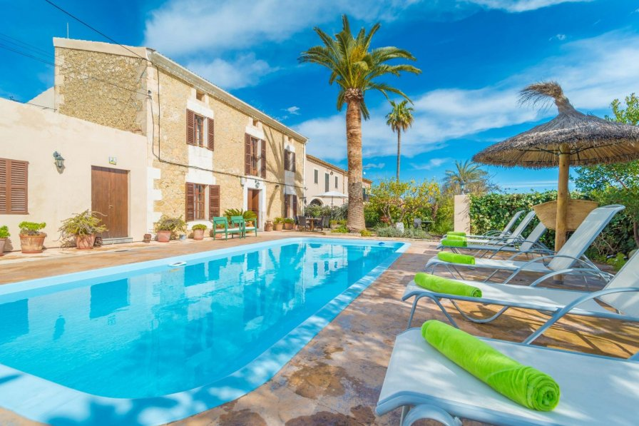 Owners abroad Selva villa to rent