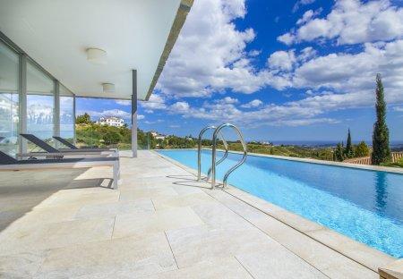Villa in Valtocado, Spain