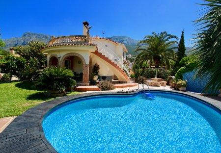 Villa in La Pedrera, Spain