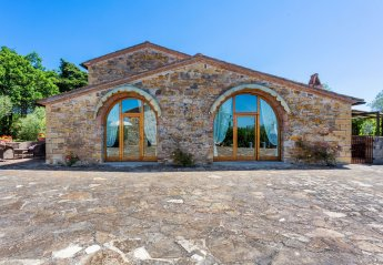 4 bedroom Villa for rent in Tavarnelle Val di Pesa