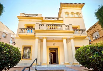 8 bedroom Villa for rent in Barcelona