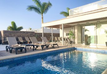 7 bedroom Villa for rent in Costa Adeje