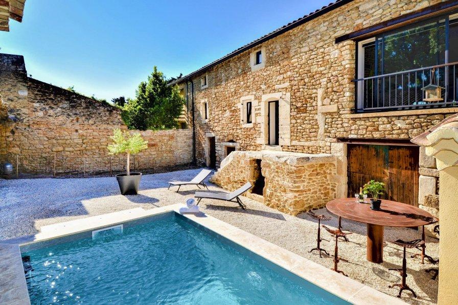 Villa in France, Suze-la-Rousse