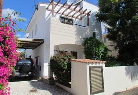 Paphos.3 Bedroom Villa, Private Pool, Internet & Full Air-con