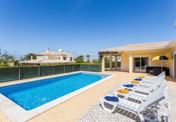3 bedroom Villa for rent in Praia da Luz