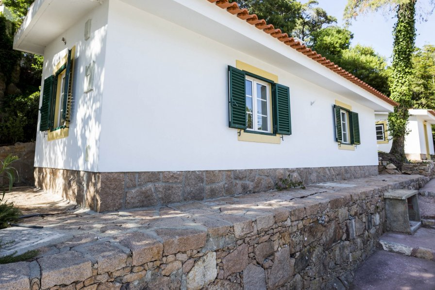 Bungalow in Portugal, Janes