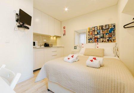 Studio Apartment in Săo Cristóvăo e Săo Lourenço, Lisbon Metropolitan Area