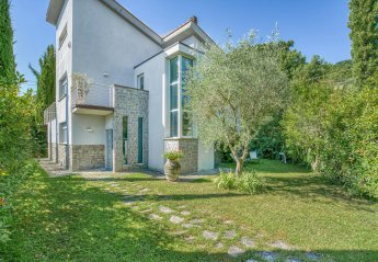 5 bedroom Villa for rent in Sarteano