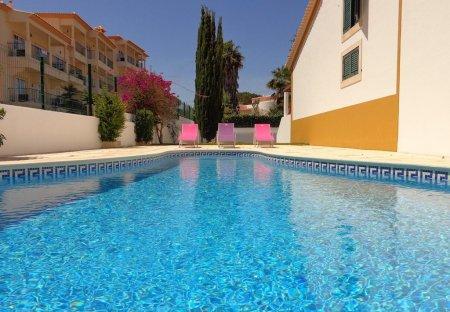 Villa in Olhos de Água, Algarve