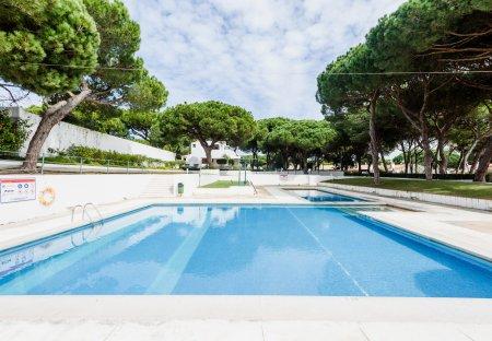Apartment in Pinhal do Concelho, Algarve