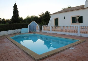 2 bedroom Farmhouse for rent in Lagoa