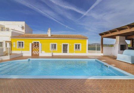 Villa in Algoz, Algarve