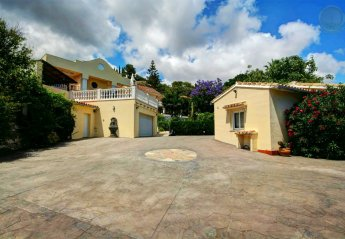 9 bedroom Villa for rent in Benalmadena