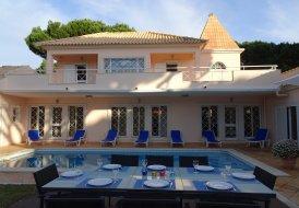 Villa in Vilamoura, Algarve:
