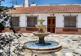 Villa in Spain, Villanueva de la Concepción: Front of the house with fountain in background