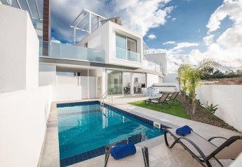 2 bedroom Villa for rent in Central Protaras