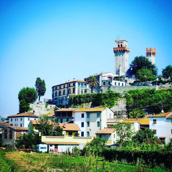Village house in Italy, Nozzano Castello