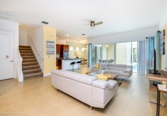 5 bedroom Apartment for rent in Four Corners