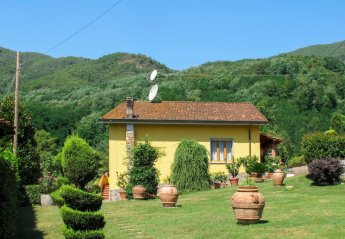 3 bedroom Villa for rent in Pescaglia