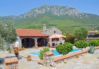 Villa in Turkey, Yesilüzümlü