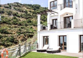 2 bedroom Villa for rent in Benahavis