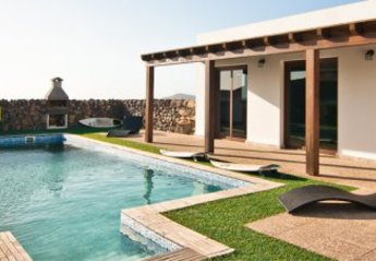 Villa in Spain, Villaverde: pool area