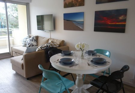 Apartment in Les Mathes, France