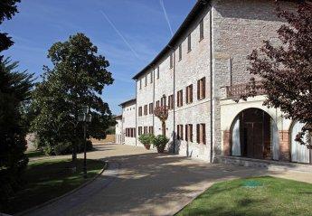 10 bedroom Villa for rent in Gubbio