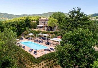 9 bedroom Villa for rent in Umbertide