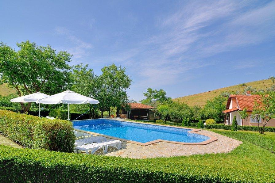Villa in Bulgaria, Bryastovets