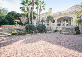 4 bedroom Villa for rent in El Campello