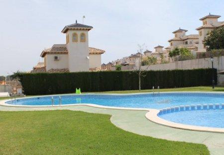 Apartment in Urbanización Lomas de Don Juan, Spain