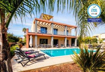 4 bedroom Villa for rent in Armacao de Pera