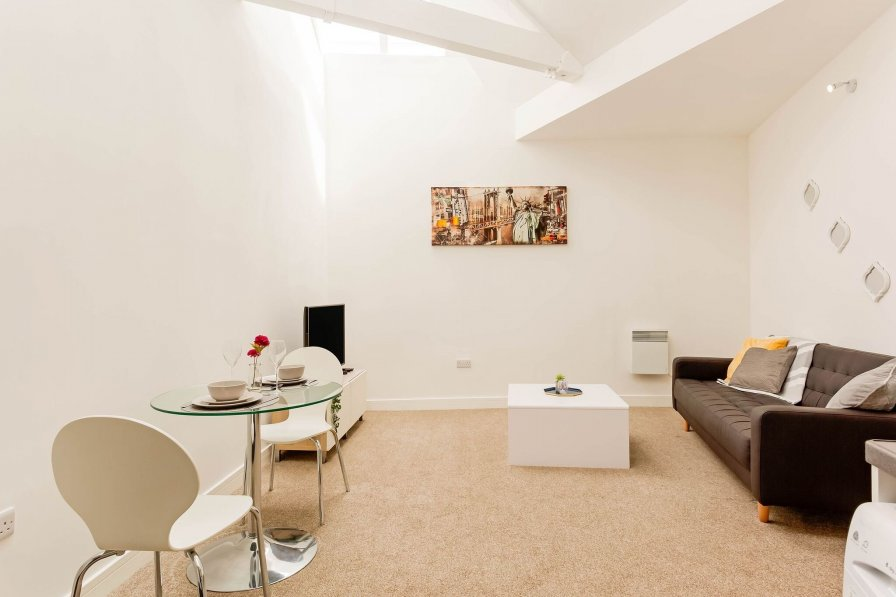 Apartment in United Kingdom, City