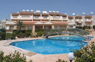 Owners abroad Beautiful 2-Bed Apartment Peyia (Sleeps 6) Seaview/Pool WiFi