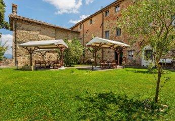 2 bedroom Farmhouse for rent in Citta Di Castello
