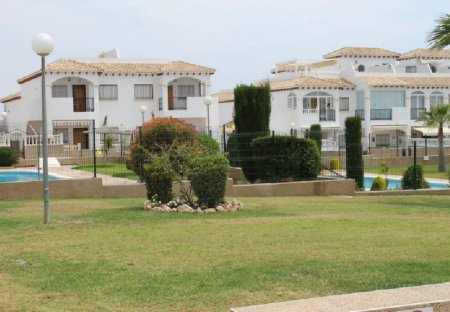 Apartment in La Cinuelica, Spain