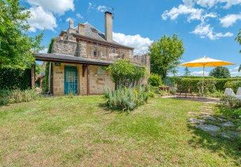 2 bedroom Villa for rent in Gourdon