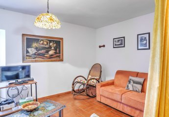 2 bedroom House for rent in Varese Ligure