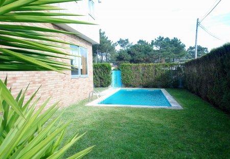 Villa in Apúlia, Portugal