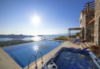 4 bedroom Villa for rent in Elounda