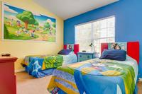 House in USA, Windsor Hills: Kids' Bedroom with Ensuite